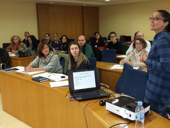 Karmele Sáez, responsable de Proxectos de Acnur, na Asemblea do Fondo Galego.