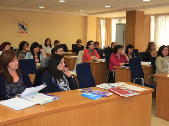 A Asemblea vai dirixida ás e aos representantes políticos das Administracións socias.
