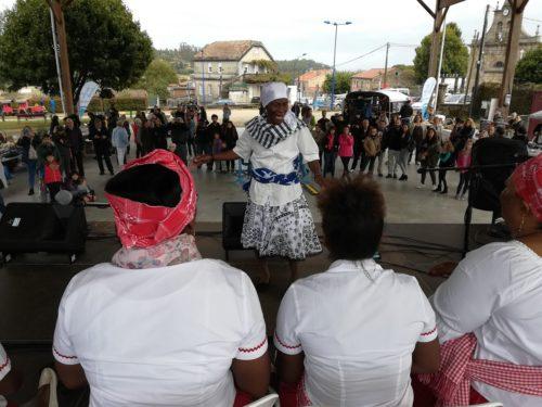 Batuko Tabanka promove a interculturalidade a través da música tradicional de Cabo Verde.