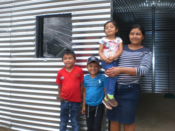 Casas provisionais para 5 familias afectadas pola erupción do Volcán de Fuego