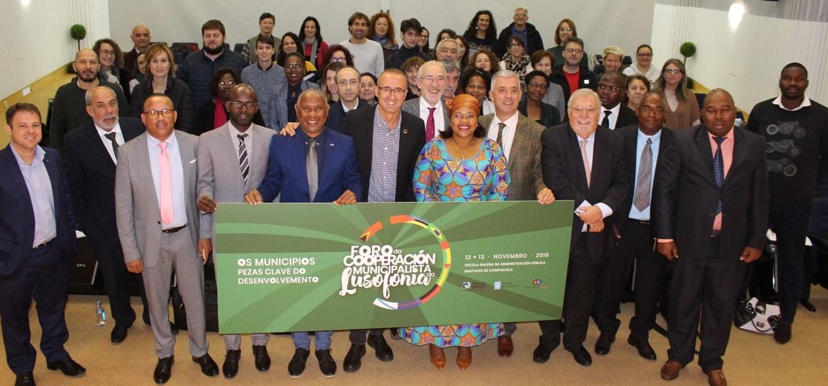 Representantes de sete países de lingua oficial portuguesa participaron no encontro canda autoridades locais galegas.