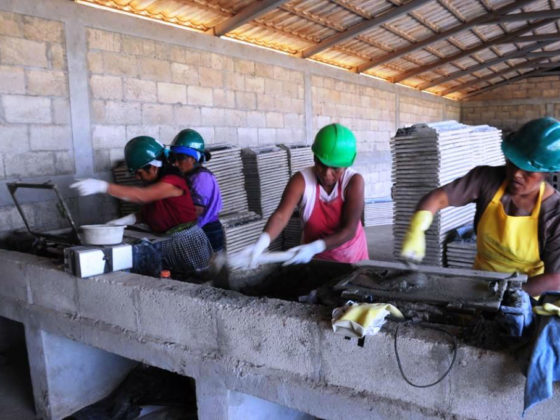 Fortalecemento dos procesos de desenvolvemento autónomo con especial incidencia na equidade de xénero de 16 comunidades do departamento de Retalheu