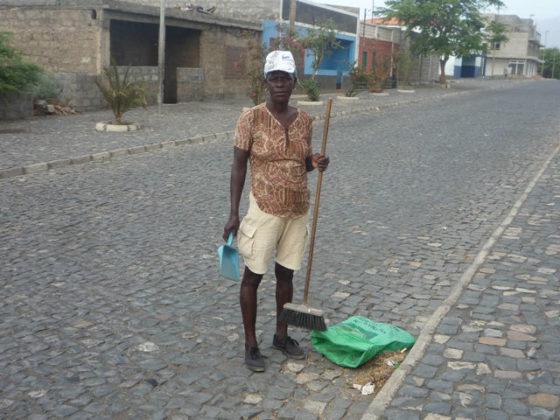 Mellora na xestión de residuos no centro da Cámara Municipal de Porto Novo