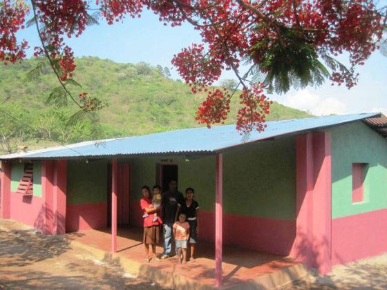 Melloradas as condicións de habitabilidade e salubridade de familias chorotegas de Totogalpa