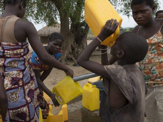 Os concellos socios do Fondo Galego apoian o acceso á auga en Mozambique. FOTO: Adrián Irago