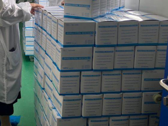Cada euro achegado á campaña permite adquirir 12 xiringas con agulla.