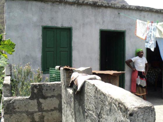 A de María Cristina foi unha das vivendas rehabilitadas no proxecto coa Cámara Municipal do Paúl (Cabo Verde).